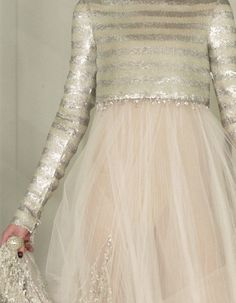 Chanel Haute Couture Spring 2011 via:wink-smile-pout Couture Mode, Style Couture, Couture Fashion, Chanel Couture, Blush Tulle Skirt, Tulle Skirts, Karl Otto, Mode Rose, Vestidos Vintage