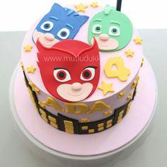 Super Mario Birthday, Mario Birthday Party, Pjmask Party, Pj Masks Birthday Cake, Festa Pj Masks, Girl Superhero Party, Big Cakes, Cake Business, New Cake