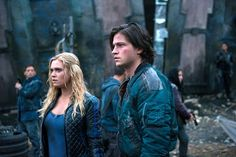 The 100 CW - E2x08 Spacewalker - Eliza Taylor, Thomas Mcdonell - Clarke Griffin, Finn Collins - Clarke tells ark folk what the deal with the grounders is, clearly both her and Finn didn't expect camp's reaction