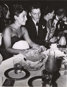 1946 Frank Sinatra And His Wife, Nancy, Admire His Oscar At Ciro's Nightclub In West Hollywood