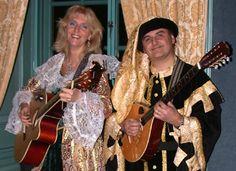 Italian Entertainment - Valentino - heeft een repertoire van 4 uur Italiaanse muziek.