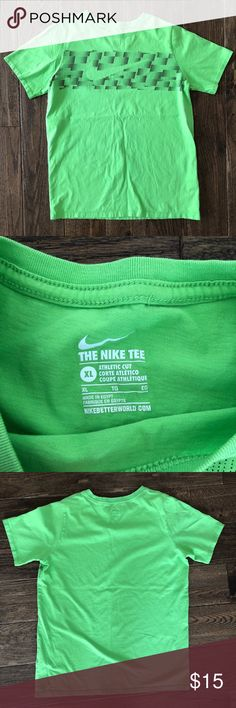 NIKE Boyd XL shirt tee Excellent condition T-shirt size extra large in boys Nike Shirts & Tops Tees - Short Sleeve