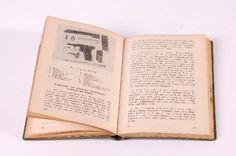 """DDR Museum - Museum: Objektdatenbank - Taschenkalender """"Kasern. Volkspolizei""""    Copyright: DDR Museum, Berlin. Eine kommerzielle Nutzung des Bildes ist nicht erlaubt, but feel free to repin it!"""