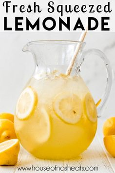 This fresh-squeezed Homemade Lemonade is an easy recipe for a hot summer day. The best part is that you can adjust the amount of simple syrup so the lemonade is as sweet or tart as you want. It's the perfect solution when you have a bunch of lemons! #lemonade #lemons #homemade #simplesyrup #easy #best #summer #drinks #nonalcoholic Drink Recipes Nonalcoholic, Easy Drink Recipes, Yummy Drinks, Summer Recipes, Real Food Recipes, Yummy Food, Simple Syrup Lemonade Recipe, Homemade Lemonade Recipes, How To Make Lemonade