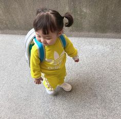 Keep the best memory of your loved baby! Cute Asian Babies, Korean Babies, Asian Kids, Cute Babies, Cute Little Baby, Cute Baby Girl, Little Babies, Baby Kids, Baby Boy