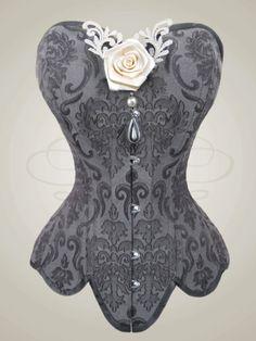 """Weiteres - Korsettschmuck """"Rose mit Spitzenornamenten"""" - ein Designerstück von V-Couture-Boutique bei DaWanda"""