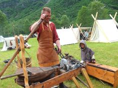 Ideas for Johnny Vikings Live, Norse Vikings, Viking House, Viking Age, Larp, Diy Forge, Blacksmith Forge, Doomsday Prepping, Blacksmith Projects