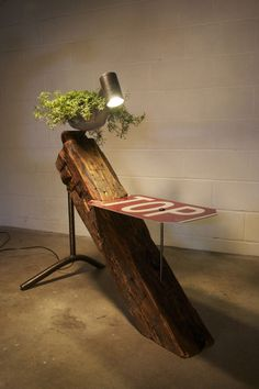 Reclaimed Wood Tables Made Of 1800′s Beams | DigsDigs