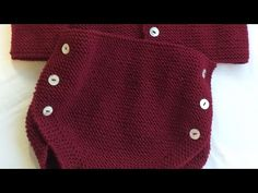 Moda Crochet, Knit Crochet, Knitting For Kids, Baby Knitting, Baby Presents, Knitted Baby Clothes, Couture, Baby Kids, Kids Outfits