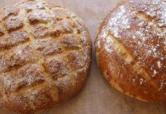 Hjemmelavet friskbagt brød er bare sagen og familien siger muh!  Riv de fire gulerødder. Opløs gæret i det lunkne vand og tilsæt alle de øvrige ingredienser - melet tilsættes lidt af gangen. Ælt de