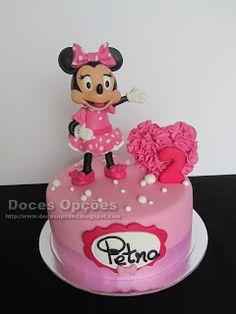 Doces Opções: Bolo do 2º aniversário da Petra com a Minnie