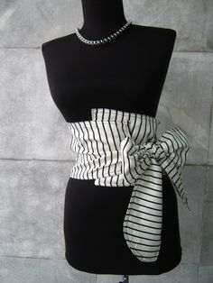 Textile ceinture corset - noir et blanc