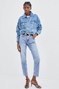 ae281e53d4d84 Image 1 de JEAN DROIT À TAILLE HAUTE de Zara Zara Femme, Taille Haute,