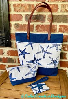 Beach tote set in beautiful starfish summer print Handmade Wallets, Tote Bags Handmade, Canvas Handbags, Canvas Tote Bags, Nautical Bags, Premier Prints, Makeup Bags, Beach Bags, Tote Purse