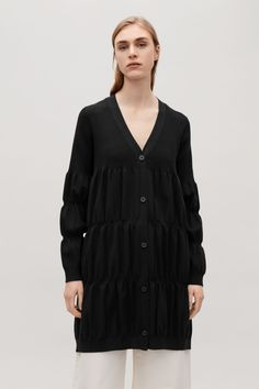 COS image 2 of Long gathered cardigan in Black Black Cardigan, Long Cardigan, Cos Tops, Modern Wardrobe, Cotton Linen, Knitwear, Organic Cotton, Cashmere, Tunic Tops
