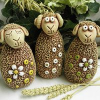 m.fler.cz zbozi?uid=91201 Sheep Art, Craft Markets, Clay Crafts, Terracotta, Christmas Ornaments, Holiday Decor, Creatures, Home Decor, Sheep