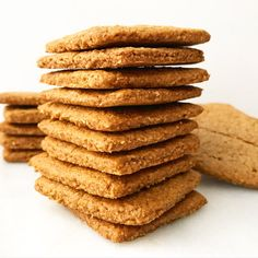 """Fantastic """"gluten free desserts recipes"""" info is readily available on our internet site. Read more and you wont be sorry you did. Gluten Free Graham Crackers, Graham Cracker Recipes, Vegan Cracker Recipe, Digestive Cookies, Digestive Biscuits, Gluten Free Diet Plan, Gluten Free Oats, Healthy Vegan Snacks, Vegan Desserts"""