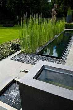 Here is a gallery of Backyard Garden Ideas (with photos) that will inspire you this year. From small to large garden spaces you'll be sure to find your next project. backyard garden design, backyard garden ideas landscaping. #GardeningDesign