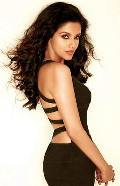 Beautiful Bollywood actress Asin Thottumkal