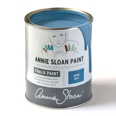 Chalk Paint® by Annie Sloan tin in Paris Grey, a soft and slightly bluish grey. Annie Sloan first developed her signature range of furniture paint in calling it 'Chalk Paint' because of this decorative paint's velvety, matte finish. Coco Chalk Paint, Annie Sloan Chalk Paint Colors, Annie Sloan Paints, Chalk Paint Furniture, Chalk Painting, Painting Walls, Refinished Furniture, Distressed Furniture, Milk Paint