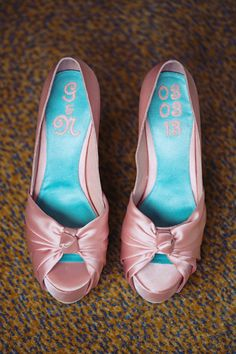 Satin peep-toe pumps in blush pink Peep Toe Pumps, Blush Pink, Ph, Wedding Planner, Satin, Wedding Ideas, Fashion, Light Rose, Wedding Planer