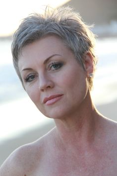 #shortgreyhair #pixie #silverhair #naturalcolor #unedited #billyyamaguchi #Ianbailey #jupitermediagroup #abbyparkermoneyhun