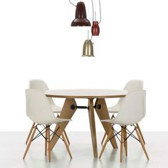 Guéridon Table | Vitra | AmbienteDirect.com  Chairs and Table Combo