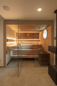 Sauna in the bathroom: cozy and warming schwimmbad.de- Sauna im Bad: Behaglich und wärmend Diy Sauna, Sauna Infrarouge, Saunas, Serene Bathroom, Small Bathroom, Bathroom Styling, Bathroom Interior Design, Bathroom Storage, Bathroom Designs