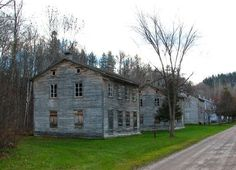 Val-Jalbert, Quebec, Canada (the best preserved Ghost town in Canada). Old Abandoned Buildings, Abandoned Mansions, Abandoned Places, Oh The Places You'll Go, Places To Visit, Chute Montmorency, Company Town, Quebec Montreal, Chateau Frontenac