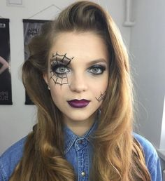 Looking for for ideas for your Halloween make-up? Browse around this website for cute Halloween makeup looks. Maquillage Halloween Zombie, Halloween Spider Makeup, Maquillage Halloween Simple, Halloween Makeup For Kids, Creepy Halloween Makeup, Cute Halloween, Spider Web Makeup, Zombie Makeup Easy, Scary Kids Halloween Costumes