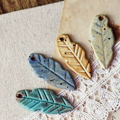 kylie parry studios: GIVEAWAY! Birds of a Feather- art bead set