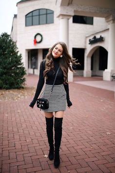 106 Casual Fall Outfit Ideas With Long Sleeve T-shirt and Skirt #Style #Women Outfit #Women Outfit Skirt Outfits For Winter, Plaid Skirt Outfits, Houndstooth Skirt Outfit, Outfit With Skirt, Casual Black Dress Outfit, Trendy Winter Outfits, Outfits For Work, Black Turtleneck Outfit, Black Sweater Dress
