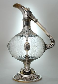 English Victorian etched glass claret jug/decanter  mounted in silver by E.H.Stockwell, England 19th Cent.