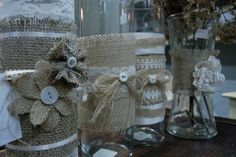 Burlap... LOVE. Flowers, buttons, and bows... LOVE even more!
