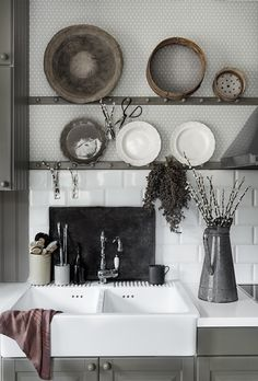 Scandinavian interior, Lovely kitchen with wallpaper Einar grey, Sandberg Wallpaper Eclectic Wallpaper, French Wallpaper, Scandinavian Wallpaper, Kitchen Wallpaper, Unique Wallpaper, Scandinavian Interior, Wallpaper Wallpapers, Scandinavian Style, Sandberg Wallpaper