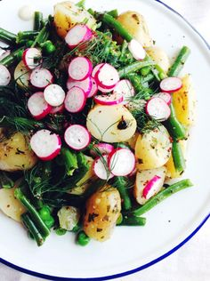 20 Delicious Spring and Summer Salads You Need to Try