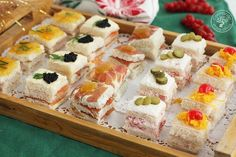Canapes Faciles, Easy Canapes, Appetizer Recipes, Appetizers, Vol Au Vent, Party Finger Foods, Recipe For 4, Nutritious Meals, Buffet