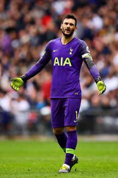 LONDON, ENGLAND - MARCH Hugo Lloris of Tottenham Hotspur reacts during the Premier League match between Tottenham Hotspur and Arsenal FC at Wembley Stadium on March 2019 in London, United Kingdom. (Photo by Chris Brunskill/Fantasista/Getty Images) Tottenham Wallpaper, France Euro, Sports Jersey Design, Tottenham Hotspur Football, Marc Andre, Wembley Stadium, English Premier League, Premier League Matches, London United