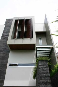 SHADING OF SECONDARY SKIN Arch House, Facade House, House Facades, Amazing Architecture, Architecture Details, Interior Architecture, Facade Design, House Design, Minimal Home