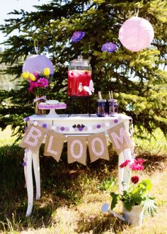 Mothers Day Garden Party + DIY Flower Cookie Pops