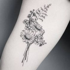 50 Small and Delicate Floral Tattoo Ideas – Brighter Craft 50 kleine und zarte florale Tattoo-Ideen – Brighter Craft Trendy Tattoos, Cute Tattoos, Small Tattoos, Awesome Tattoos, Fun Tattoo, Dainty Tattoos, Incredible Tattoos, Tattoo Hand, Tattoo Fonts