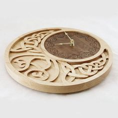 Personalized Celtic Moon Clock by krtwood on Etsy Router Projects, Wood Projects, Woodworking Projects, Moon Clock, Cnc Wood, Plywood, Chip Carving, Scroll Saw Patterns, Laser Cut Wood