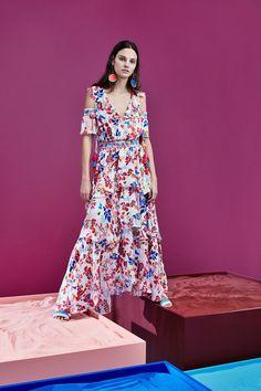 Tanya Tailor combina estampas zero banais no desejável verão 2017 - Vogue | Desfiles