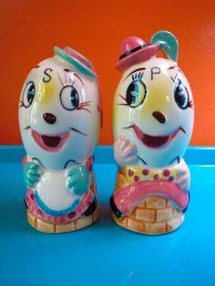 VTG 1950s Retro Anthropomorphic Ceramic Humpty Dumpty Salt & Pepper Shakers
