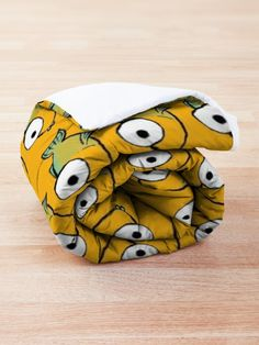 'Yellow and Green Fish' Comforter by MadoMade Fish Design, How To Get Warm, Square Quilt, Quilt Patterns, Blankets, Looks Great, Comforters, Comfy, Colours