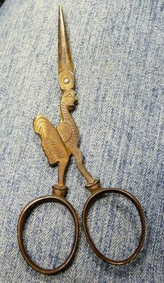 This pair of Vintage Old Sewing scissors are marked on the inside F. Koeller & Co Germany and Magna on the other side. These hen scissors with old patina are very unique and a nice additive to an. Vintage Scissors, Sewing Scissors, Embroidery Scissors, Sewing Tools, Sewing Hacks, Sewing Crafts, Vintage Sewing Notions, Vintage Sewing Machines, Scissors Design