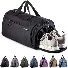 in verschiedenen Größen und Farben erhältlich #Sporttasche #Reisetasche Fitness Gym, Sport Fitness, Gym Bag, Bags, Fashion, Travel Tote, Men And Women, Medicine, First Aid