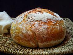 Čerstvý chléb Bread Bun, Bread And Pastries, Bread Recipes, Food And Drink, Favorite Recipes, Baking, Galleries, Pergola, Breads
