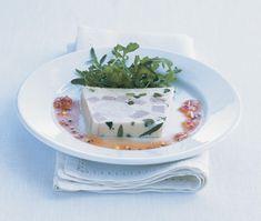 Opskrift på frisk sommermad med kylling, - servér som forret eller frokostret med salat og vinaigrette til.