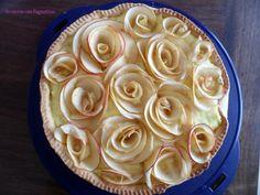 Crostata con crema e rose di mele.